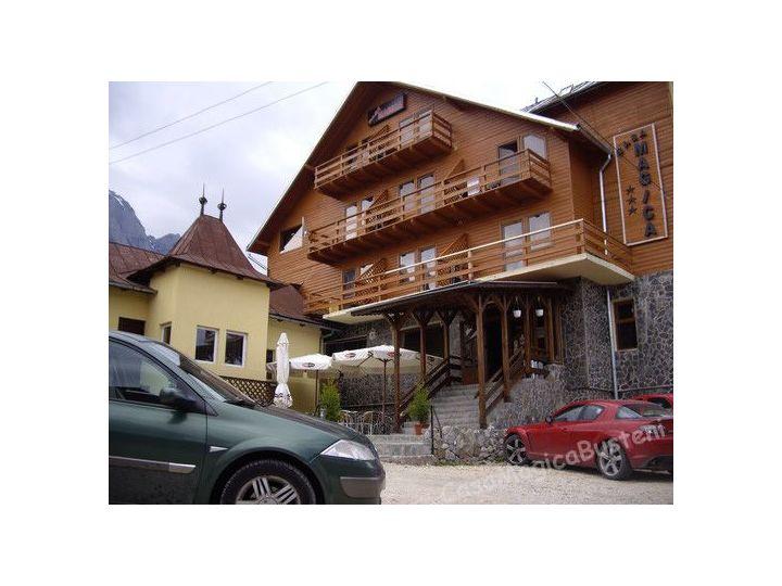 Vila Casa Magica, Busteni