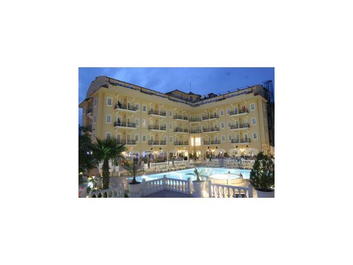 Hotel Sinatra, Kemer