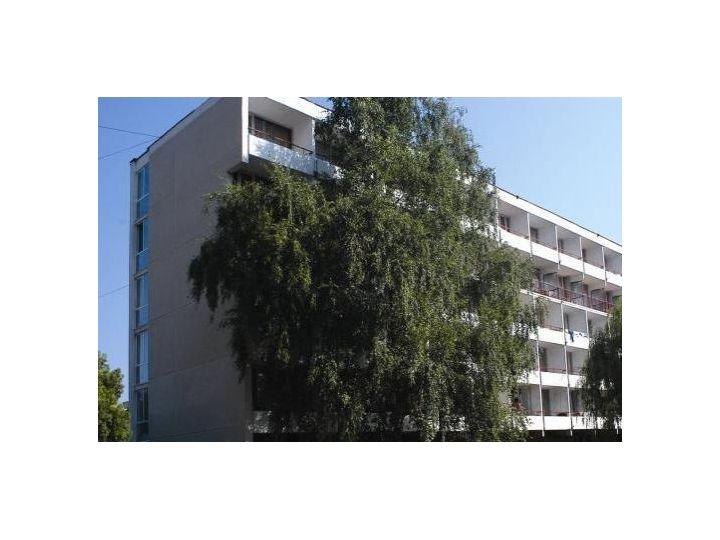 Hotel Mures, Saturn